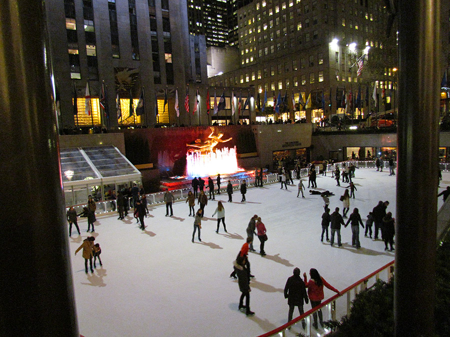 Rockefeller-Plaza-skate-time